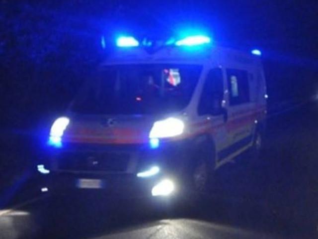 """Risultato immagini per ambulanza notte"""""""