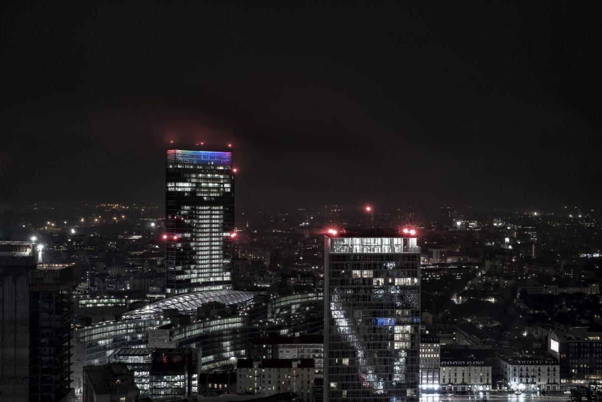 Milano Nuova Illuminazione Belvedere Palazzo Lombardia