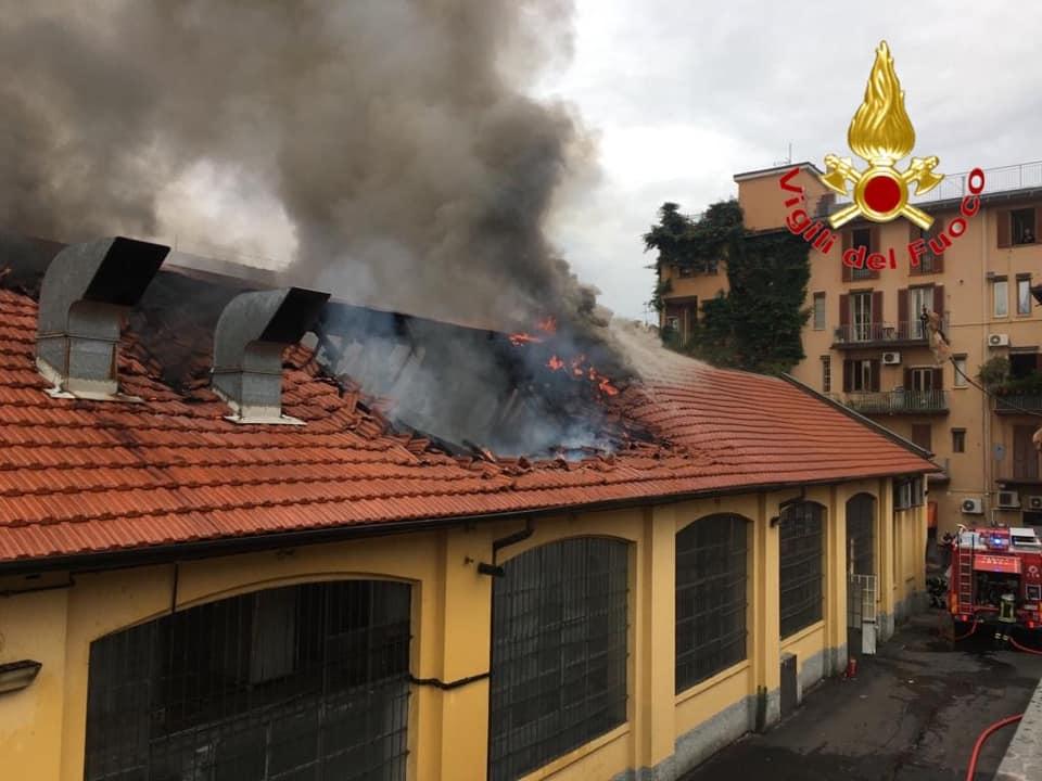 Milano. Navigli: incendio in via Pestalozzi domato dai Vigili del Fuco